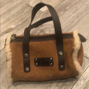 UGG BUSH small purse like new.